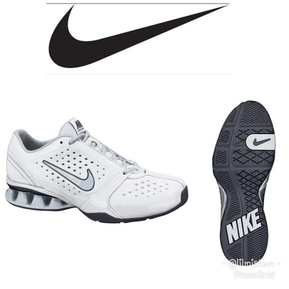 07bdb008407dfb NIB Women s Nike Reax Rockstar